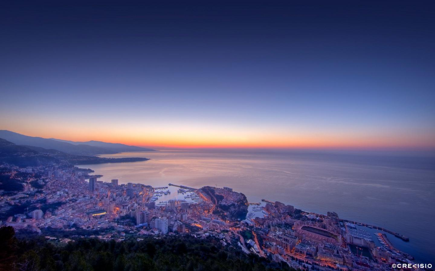 Morning Twilight Monaco by Crevisio