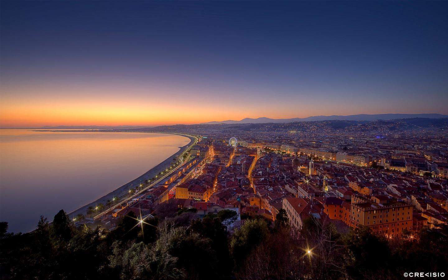 Twilight Over Nice by Crevisio